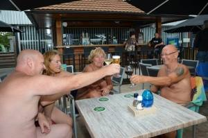 naturistencamping-met-restaurant-bar-en-terras-naturistencamping-in-nederland-1