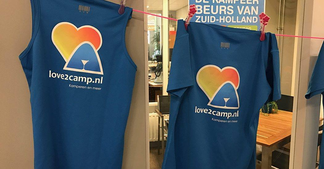 Onze Love2camp-shirts dienden mooi als decoratie.